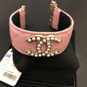 CHANEL PINK AND PEARL LEATHER CUFF BRACELET NWT